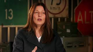 Sicario Day of the Soldado - Itw Catherine Keener (official video)