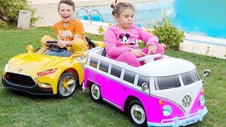 ALİ ADRİANA'YA SÜRPRİZ OTOBÜS ALDI Little girl Ride on the Power wheels Pink Bus for Kids