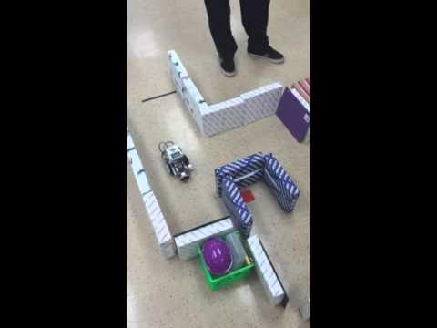 Ev3 Lego Mindstorm Ultrasonic Sensor Maze Again - YouTube