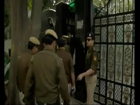 Chief Secretary Assault Case: Police reach at Delhi CM Arvind Kejriwal's house
