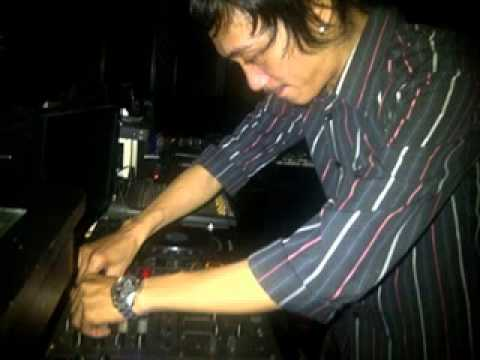 DJ DANDY - SEMUA TENTANG KITA