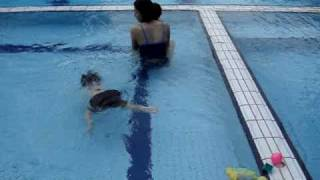 Mom rescues her drowning son
