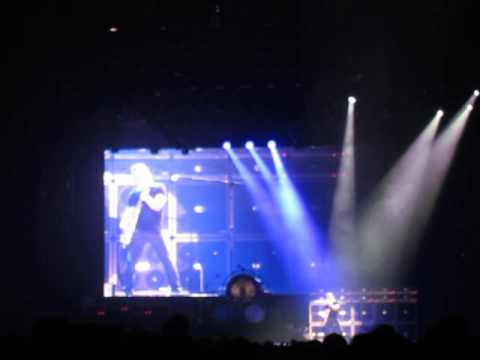 2013/06/24 Van Halen Setlist at Municipal Central Gymnasium, Osaka, Japan