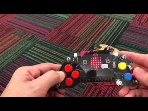 Microbit car with micro:game pad