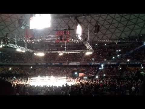 Entrada Naomi + Becky Lynch v/s Tamina + Carmella WWE Live in Santiago | 21 de Octubre 2017 | from YouTube · Duration:  6 minutes 49 seconds