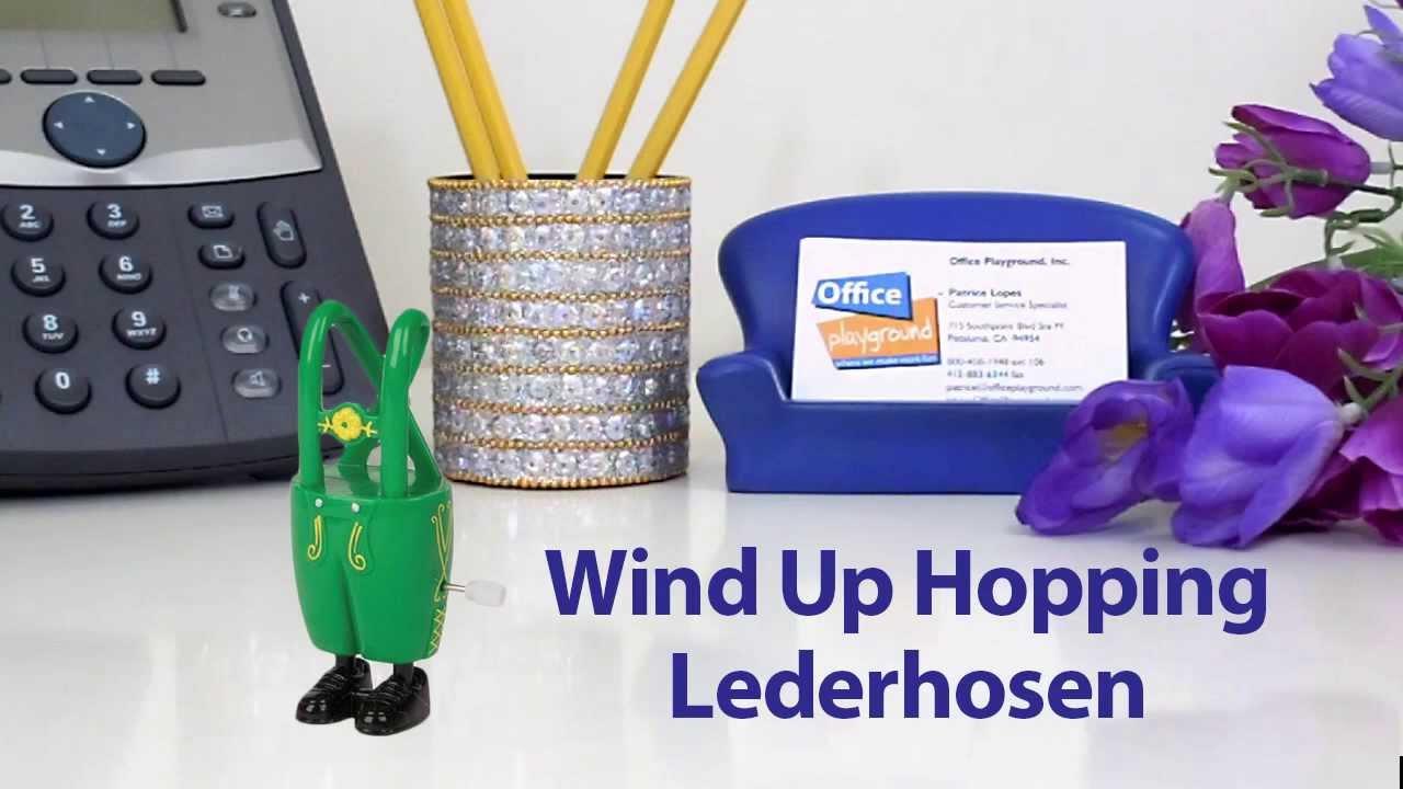 WIND-UP HOPPING LEDERHOSEN