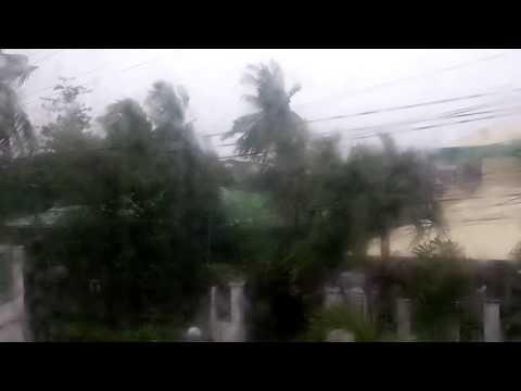 Super Typhoon YOLANDA / HAIYAN hits Iloilo City, PHILIPPINES