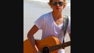 Cody Simpson - iYiYi [LYRICS!!]