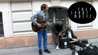 Peter Bjorn And John - Living Things / THEY SHOOT MUSIC