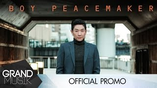 boy-peacemaker-the-entertainer