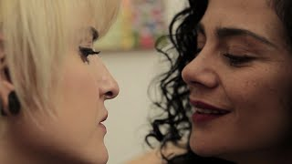 Filme LGBT | FICA COMIGO, HELENA. thumbnail