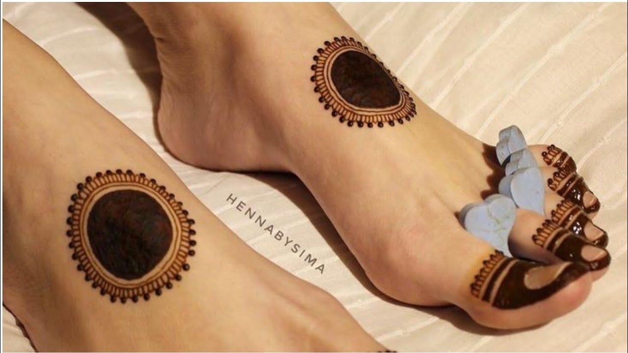 mehandi design on legs