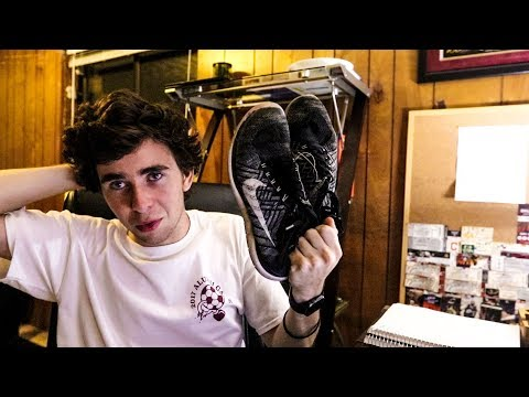 Traveling the World with 1 Pair of Shoes