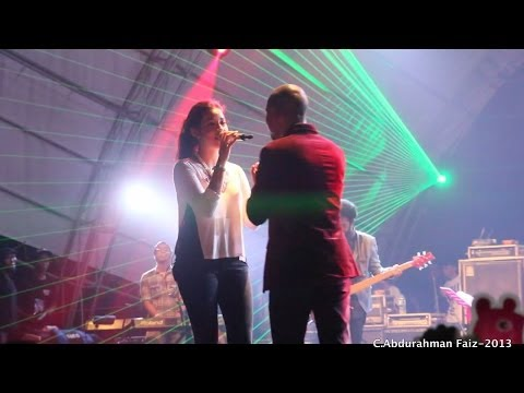 Raisa Ft. Marcell - Firasat Live at SkyAvenue