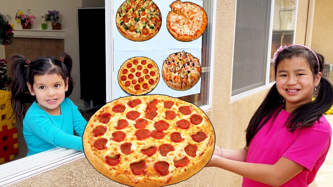Download Jannie and Ellie Pretend Play Real Pizza Drive Thru Food Toys Restaurant