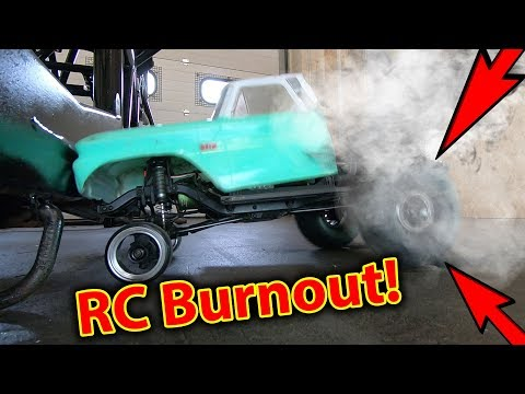 RC Car BURNOUT with INFLATABLE Tires - BOOOOM!!!