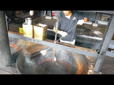 HUGE MALAYSIA STREET FOOD TOUR in Taiping, PERAK- Durian, Prawn noodles and MORE