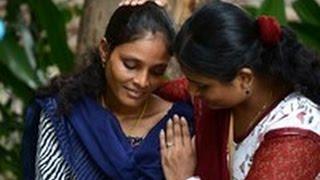 生後11か月で結婚、伝統の児童婚に立ち向かう女性たち インドの大学生、...