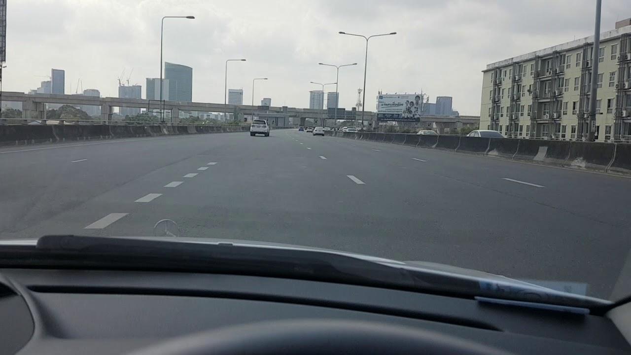 กรุงเทพช่วงสงกรานต์ถนนโล่งไหม