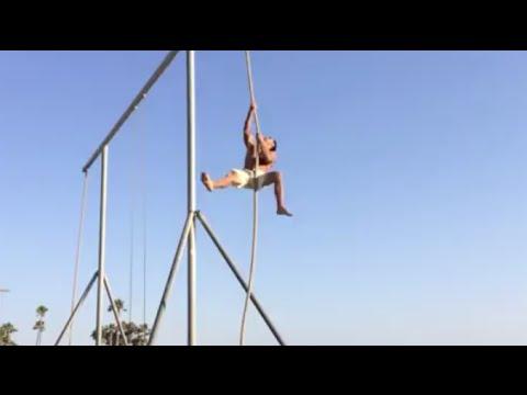 Rope Climb World Record @ Santa Monica Beach- 25ft x 3 Reps Marcus Bondi