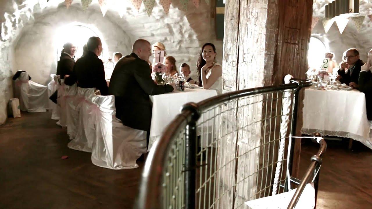 a38aa5c3c2a8 Bröllopsfilmare / Bröllopsvideo i Göteborg & tar även uppdrag i andra städer