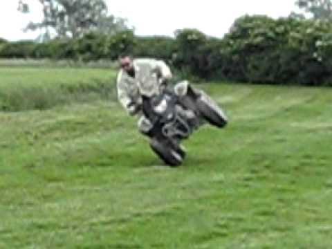Quadzilla 250 - 2 wheels failed & Quadzilla 250 - 2 wheels failed - YouTube