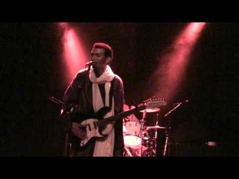 Bombino Live Amsterdam 2013 Guitar form Agadez  5 tracks - Nou en!? Producties