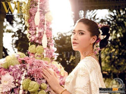 Ploy Chermarn in thai ancient dress พลอย เฌอมาลย์ สวยสง่าในชุดไทย