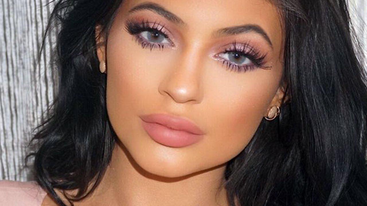 Kylie Jenner Pink Hair