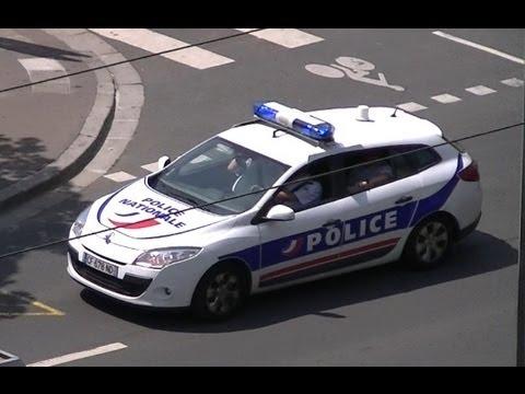 police car responding to a fire in france voiture de police nationale urgence en france. Black Bedroom Furniture Sets. Home Design Ideas