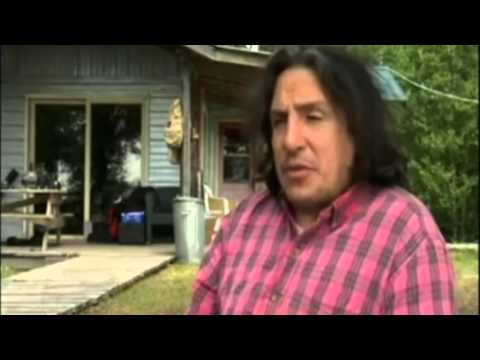 CANADIAN BIGFOOT SASQUATCH ATTACK! ~ ANALYZING THE EVIDENCE 2015