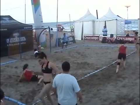 2011 game Masters Fuengirola w1 3  Detono Zagreb OVB beach girls group