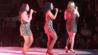 """Can't Stop Me Now"" Rod Stewart@Wells Fargo Center Philadelphia 12/11/13 Live the Life Tour"
