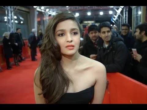Berlin Premiere of Highway - Red Carpet | AR Rahman | Alia Bhatt | Randeep Hooda | Imtiaz Ali - BW