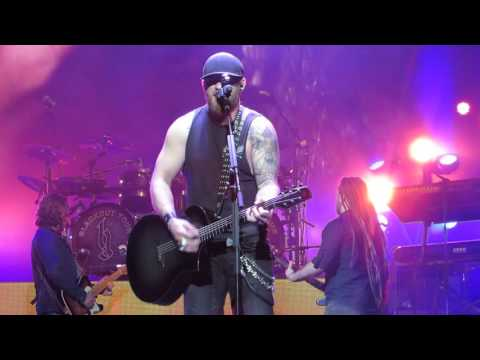"""Brantley Gilbert """"One Hell Of A Amen"""" Live @ The Giant Center"""