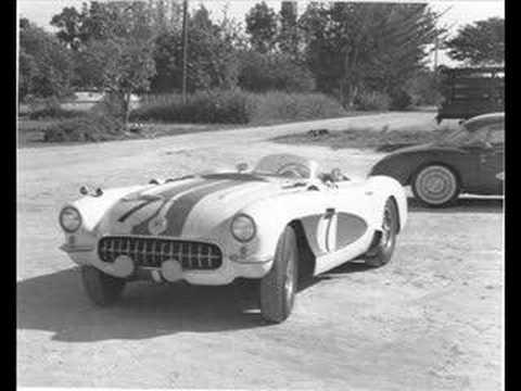 Vintage Corvette Racing - Classic Corvettes Take It To