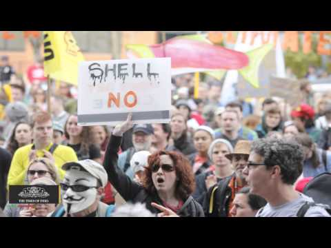 Seattle Activist Tries to Block Shell's Fuel-transfer Station