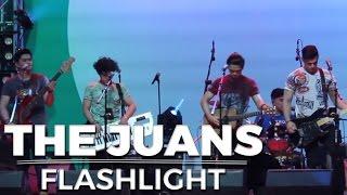 Video [MUST-WATCH] Perfect Blending ng The Juans - Flashlight download MP3, 3GP, MP4, WEBM, AVI, FLV April 2018
