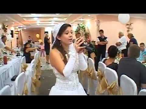 На свадьбе поют видео