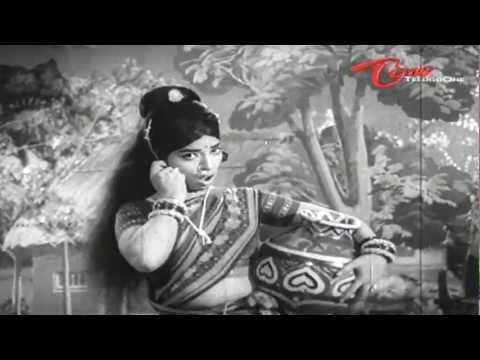 Mooga Prema Songs - Naaguleti Vaagulona Kadava Munchabotunte - Sobhan Babu - Vanisri - 02