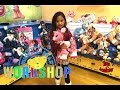 Shopping at Build A Bear Workshop with Twinkle the Reindeer | Toys Academy