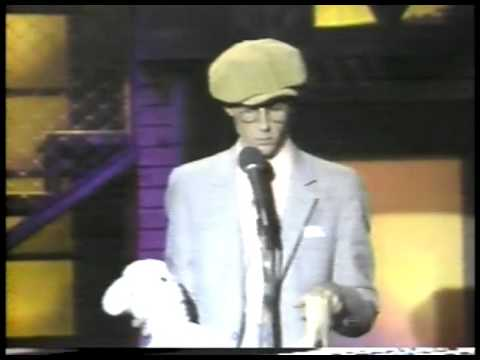 Comedy - Smothers Brothers Host Young Commedians - Harry Anderson  imasportsphile