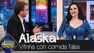 Pablo Motos culpable de forma indirecta de la vitrina con comida falsa de Alaska - El Hormiguero 3.0