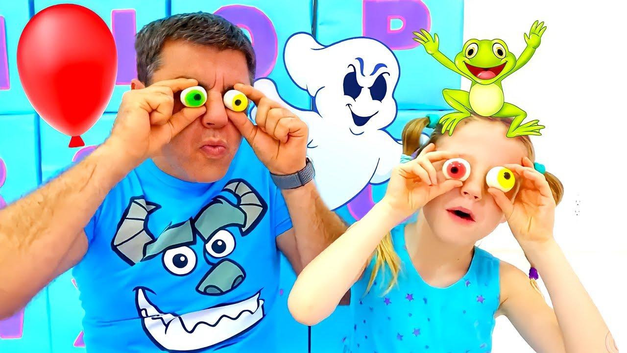 Nastya ouvre des boîtes surprises et apprend l'alphabet anglais avec son père