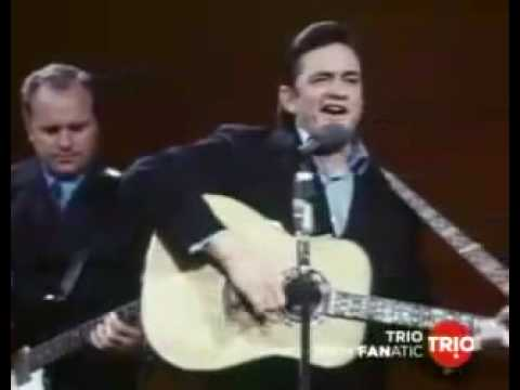 Johnny Cash- Live in san quentin- 'Folsom Prison Blues'
