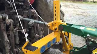 OCE quick three-point hitch