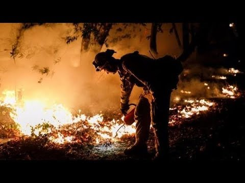 Finally, Rain In Northern California Helps With Deadly Fires   Los Angeles Times
