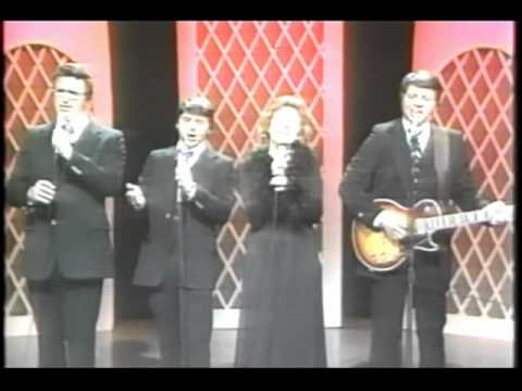 "Live Southern Gospel Video of The Hinson Family Singing ""That I Could Still Go Free"""
