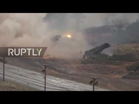 Russia: Self-propelled artillery systems displayed in new drills