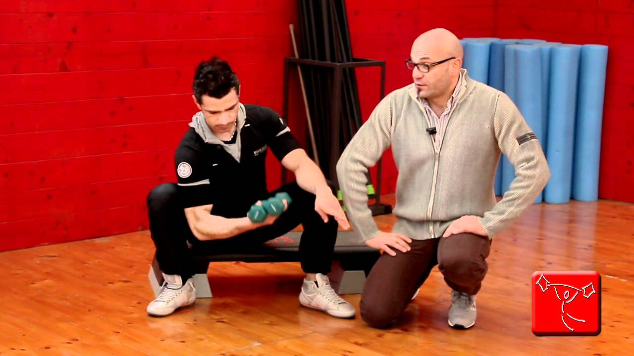 Come tonificare le braccia esercizi da fare in casa senza - Come fare una palestra in casa ...